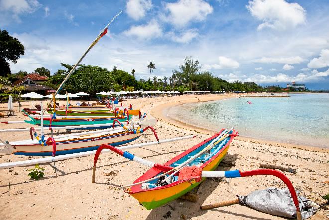 バリ島サヌールビーチ