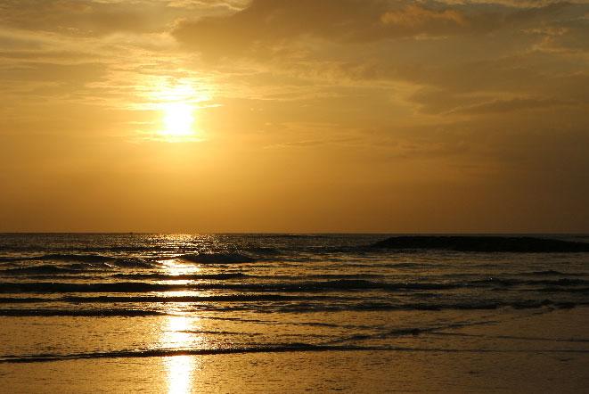 バリ島クタビーチのサンセット
